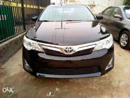 TOYOTA CAMRY XLE 2013 Model Black Colour