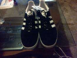 brand new adidas gazelle originals tekkies for sale