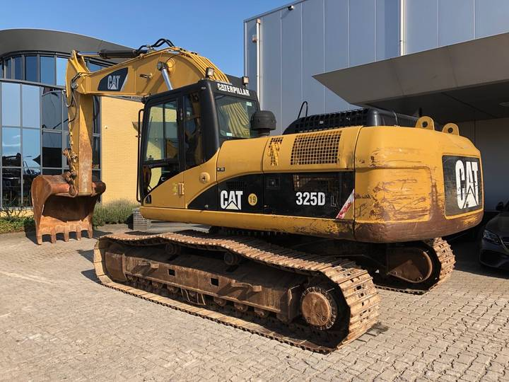 Caterpillar 325DL Hydraulic Excavator - 2008