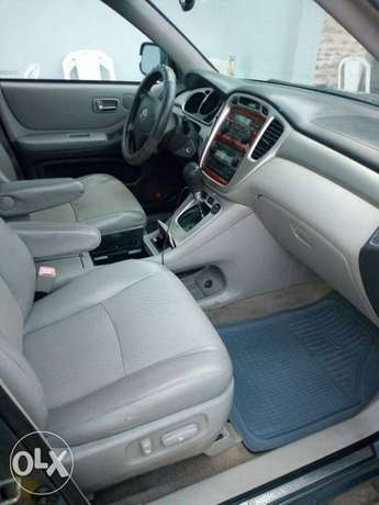 Neatly used Toyota highlander, 2006 model. Lagos Mainland - image 6