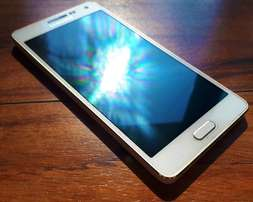 Samsung Galaxy A5 IN GREAT CONDITION!!!