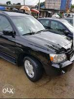 Clean used Toyota Highlander