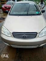 Toks 2004 Toyota Corolla LE... Clean and sharp