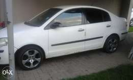White polo classic 2007 model for sale.