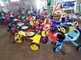 Colorfully tricycles from 3500 to 5500