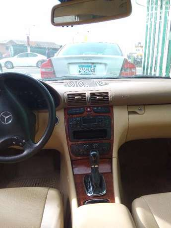 2003 Toks Benz C240 Direct. Automatic Lagos Mainland - image 6