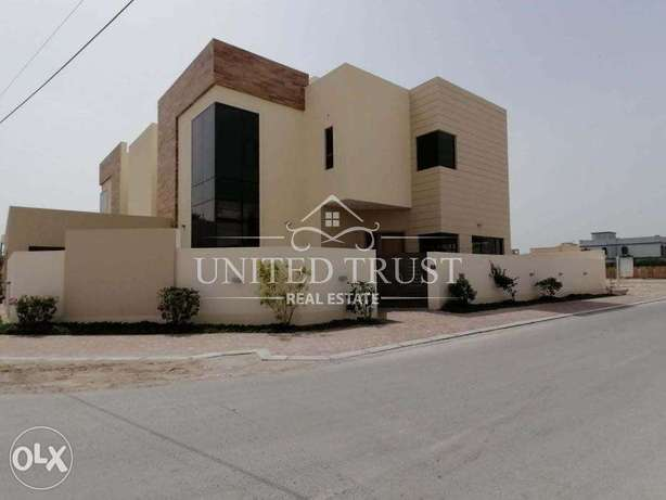 For sale luxury villa in beautiful location in Saar للبيع فيلا في سار