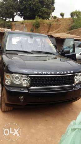 This is a very clean Range Rover 2009 year Ikeja - image 1