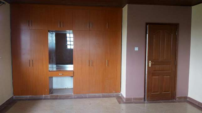 Lavish 5 bedrooms ensuite sale Epz Kitengela - image 7