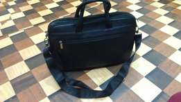 a DOCTORTON pure Italy design slim leather laptop bag