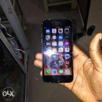 IPhone 7 black 32gig working perfect