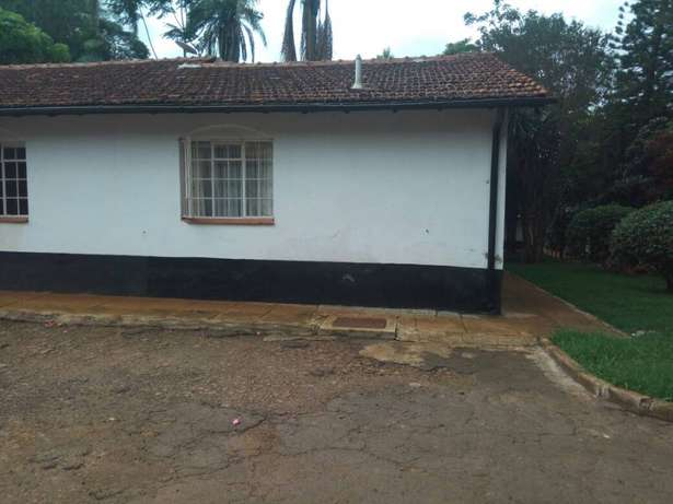 4 bedroom House for sale at Loresho-Nrb in Half acre flat ground Nairobi CBD - image 2
