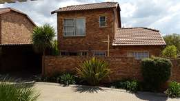 SUPERB - 3 Bedroom Townhouse to Rent- AVAILABLE 1 April 2017