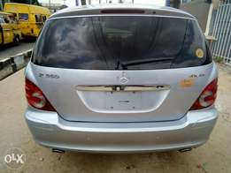Super clean Mercedes Benz R350,2007 model just like toks Lagos cleared