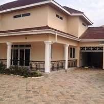 Execu.5Bd +2Bd Bq at East Legon.