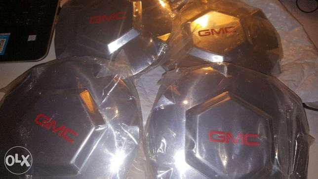 GMC Wheel Cap (Centre) Original from USA - NEW in packing