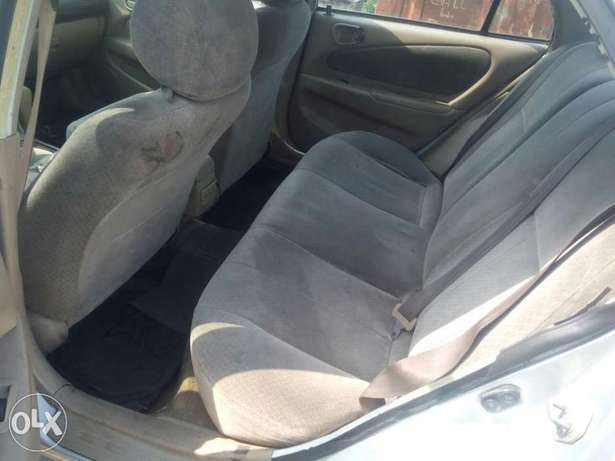 Clean Nigerian used Toyota corolla 2000 Model Port Harcourt - image 5