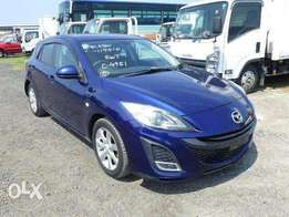 Mazda Axela KCP magnificent blue just arrived