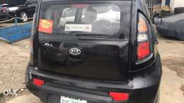Kia soll for sale at a very nice working condition .