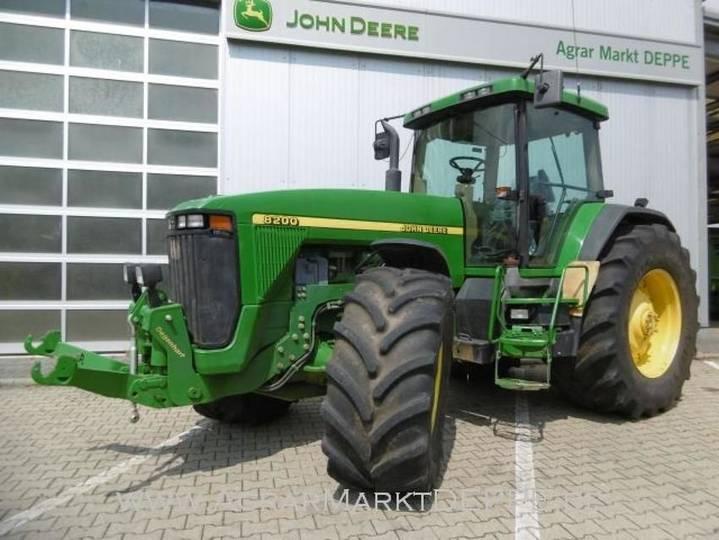 John Deere 8200 - 2000