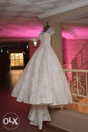 Princess wedding structured gown. Asaba - image 3