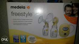 Madela freestyle breast pump brand new