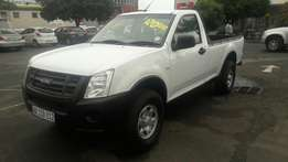 A Price dropped 2009 Isuzu KB250 2.5D with Single-cab only 160000km!