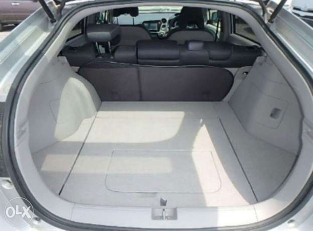 Honda Insight 2010 Amazing Deal Nairobi CBD - image 7