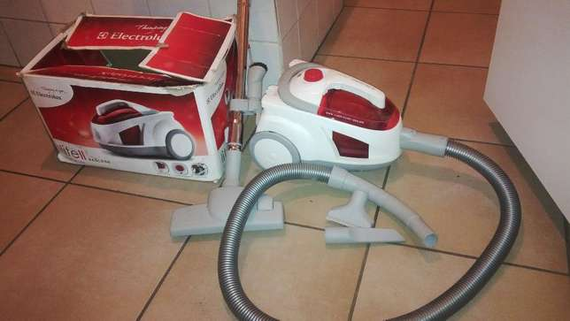 vacuum cleaner for sale R800 Pretoria - image 1