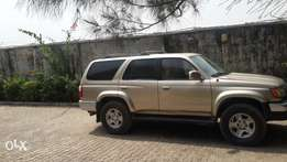Well maintained Toyota 4runner for sale