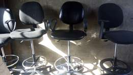 OFFER!!EXECUTIVE office chairs