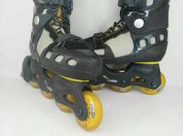 Rubber wheeled size 6 By skate