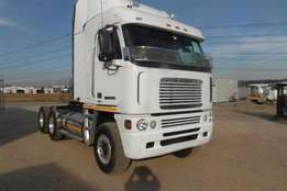 Freightliner double axle Argosy 12.7-1650 6 x 4 Mechanical Horse Truck