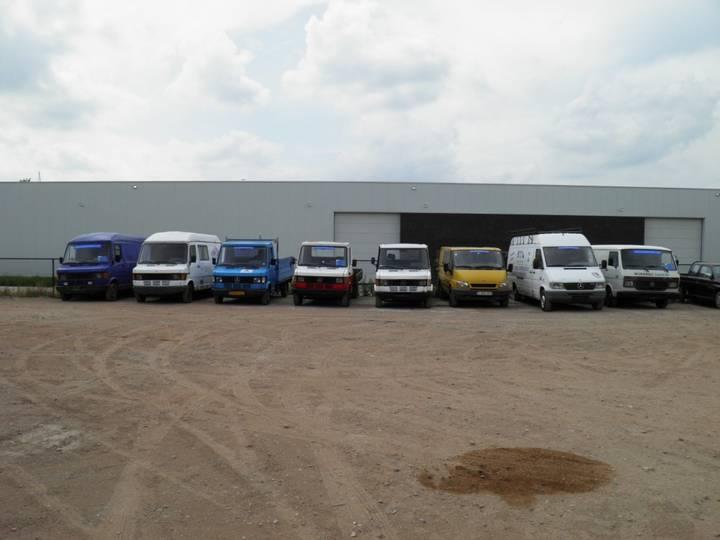Mercedes-Benz 207/208/209/210/307 diverse modellen - 1988