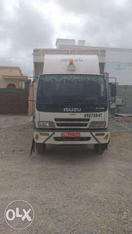 Foreign truck Muscat to Dubai