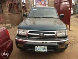 Registered Toyota 4Runner -2000