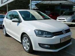 2010 Volkswagen Polo Playa 1.4 R124 900