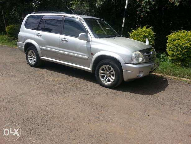 Extremely Very Clean Suzuki Grand Escudo 7 Seater Karen - image 2