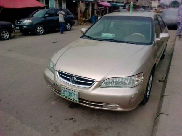 Registered Honda Accord, 2001 model. Yaba - image 5