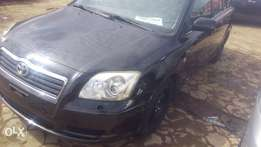 Awoof Toyota avensis