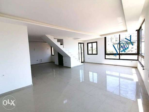 Naccache 110m2 apartment with 100 attic + 10m2 terrace - open view