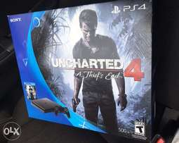 PS4 (SLIM), 500GB With Uncharted 4 Disc