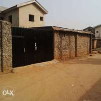 Mini flat to let in alagbole kul estate 200k per yr