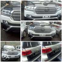 Convert your Toyota landcruser from 2010 to 2017 model