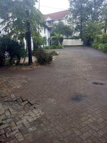 Land for sale Lenana Rd kilimani. Dagoretti - image 2