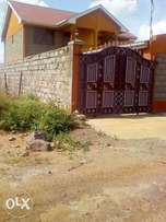 Welcome to this unbeatable offer kenyatta road 1.8m