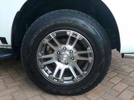 Bakkie tyres and Mags for sale