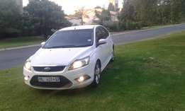 ford focus 2010 1.8 si