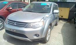 7 seater outlander Mitsubishi; hire purchase