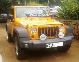 2012 Jeep Wrangler, manual 6-speed 3.6L petrol, super clean condition